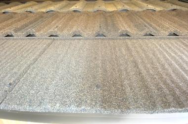 モデルルーム、屋根ジンカリウム鋼板