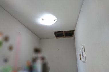 屋根リフォーム事例before雨漏り